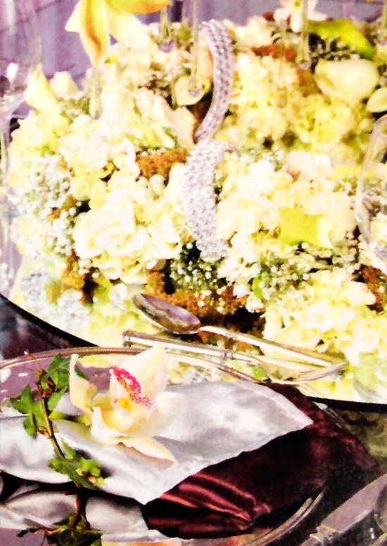 Arreglo-Hortensias-blancas-orquideas-detalle