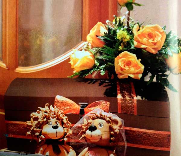 Diseno-floral-para-adornar-el-baul-lluviadesobres