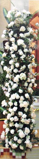 Decora-la-entrada-de-tu-recepcion-con-flores-detalle