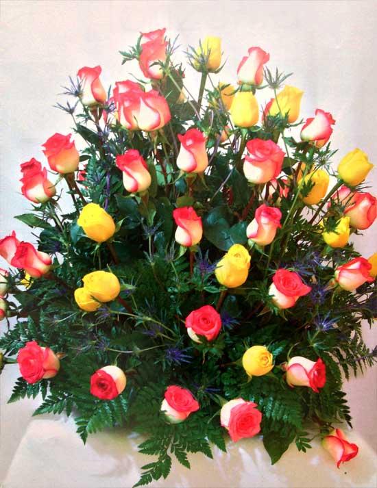 Disena-un-arreglo-floral-clasico-en-minutos
