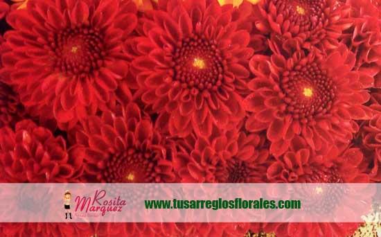 Arreglo-floral-con-gerberas-naranja-para-eventos03