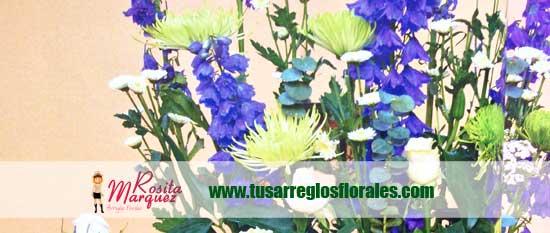 arreglo-floral-tonos-azules