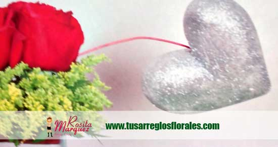 arreglos-florales-corazones