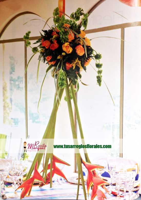 centro-de-mesa-para-bodas-con-heliconias