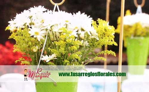 decoracion-de-matrimonios-con-floreros-verdes