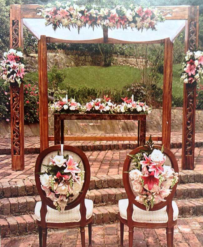 Flores-arreglos-rosas-iglesias